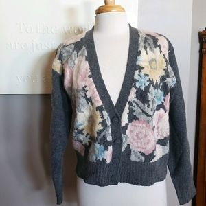 Vintage JH Collectibles M floral sweater cardigan
